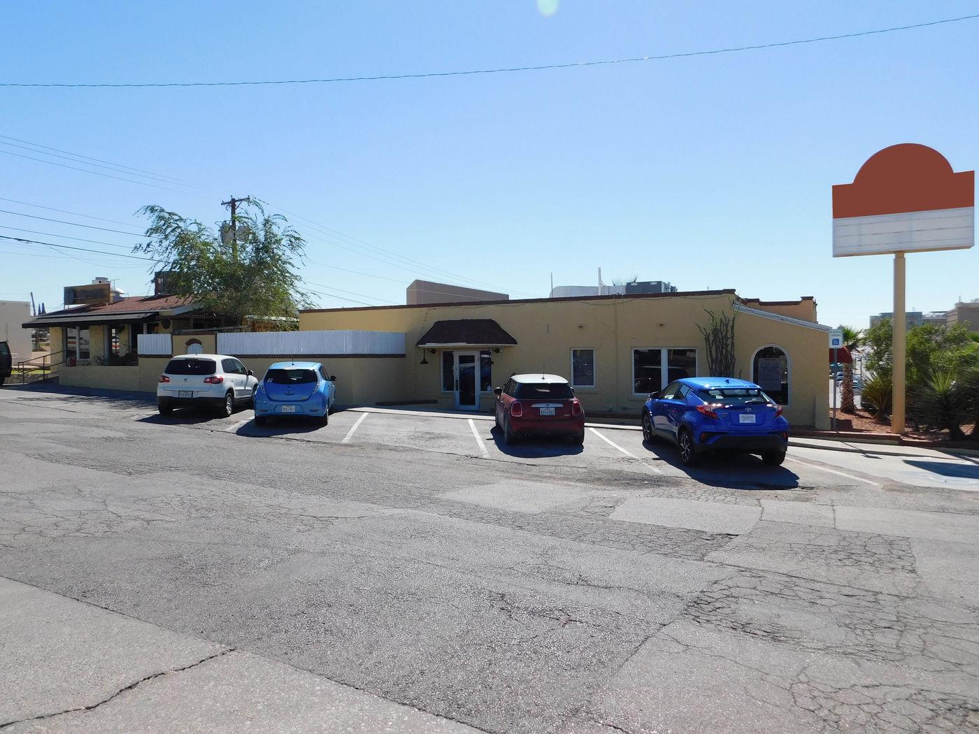2430 N Mesa, El Paso, Texas 79902
